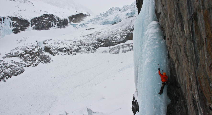 Dougal Tavener on the steep mixed and ice route Tequila Stuntman, WI6+, Argentierre, France, 103 kb
