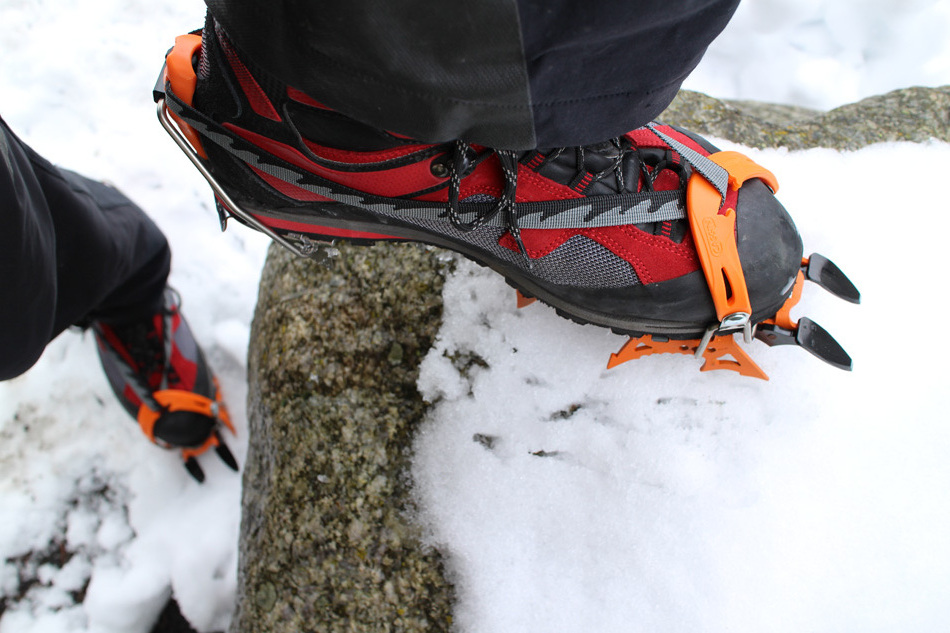 Millet Charpoua Gore-Tex Boots with Crampons, 209 kb