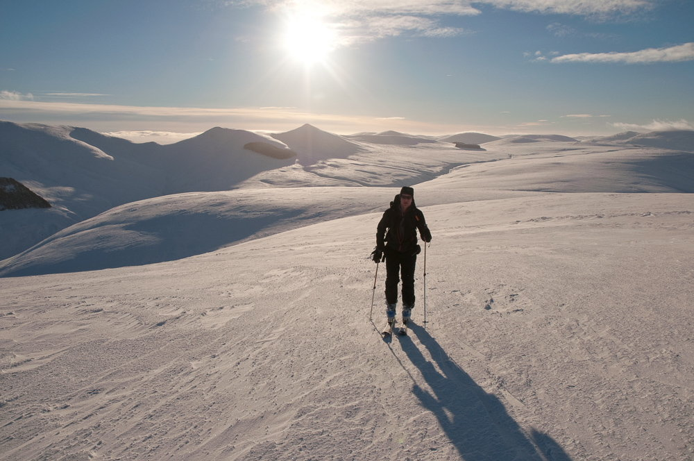 Ski touring on the Pentland Hills, near Edinburgh, 141 kb