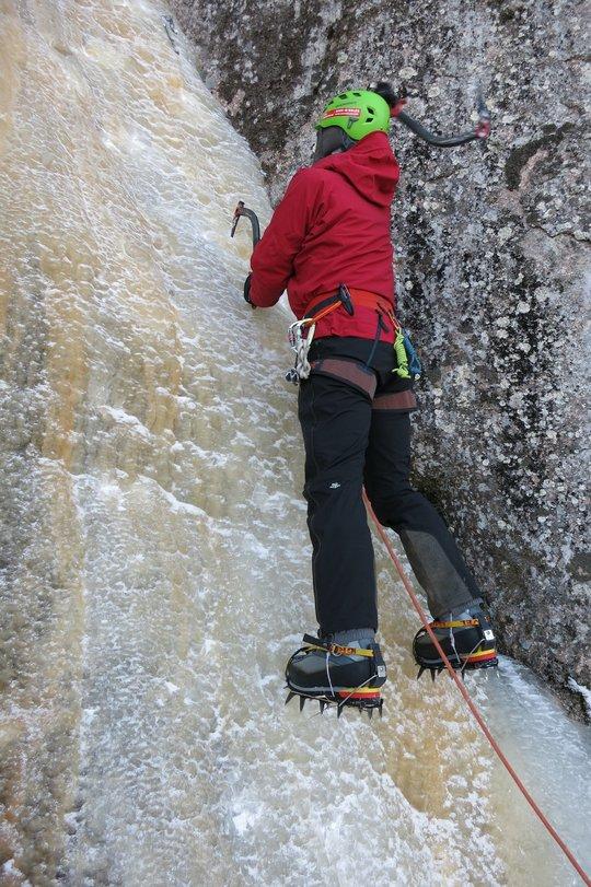 Ice climbing in the Bergelmir and Vanir, 136 kb