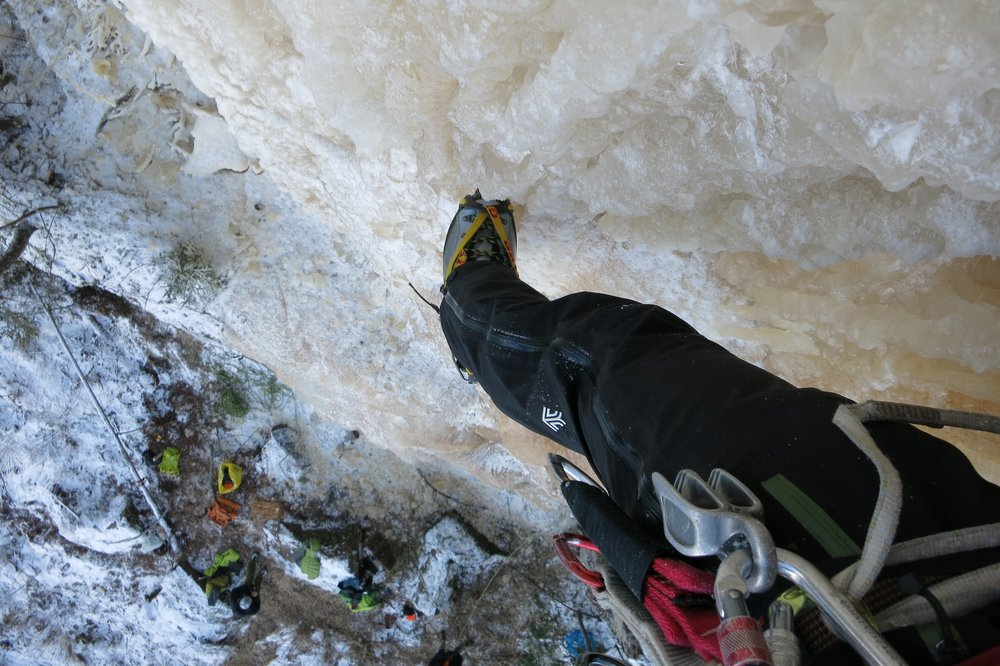 The Vanir salopettes - designed by climbers for climbers, 147 kb