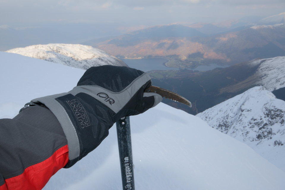 OR Arete gloves keeping me toasty 1km above Loch Linnhe , 82 kb
