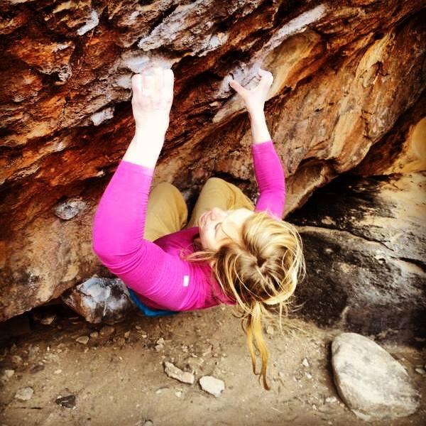 Mina Leslie-Wujastyk climbing Chablanke, 8A, Hueco Tanks, Texas, 76 kb