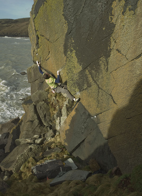 Pete Robins Making the FA of The Big Orange, 8A (!), Twryn Talfarach, 163 kb