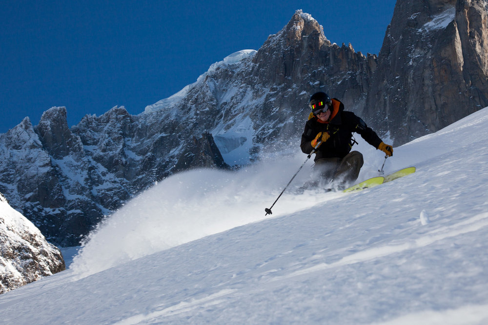 A good skier can adapt to any type of ski or terrain. Here Ben O'Connor-Croft skis fast beneath the Petit Dru, Chamonix, 146 kb