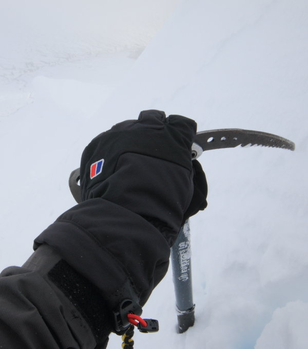 Berghaus Mountain AQ Hardshell gloves in action, 45 kb