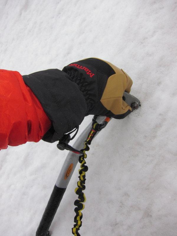 Marmot Exum Guide glove in a damp Glen Clova, 58 kb
