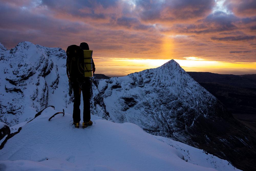 Sunset over Sgurr Thuilm, 162 kb