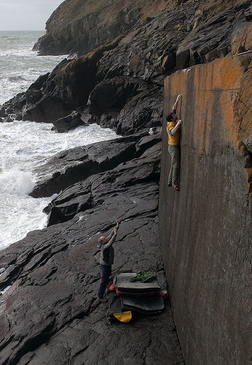 Pete Robins on the first ascent of Bytilith Wall, 7C+/8A, Lleyn Peninsula, 146 kb