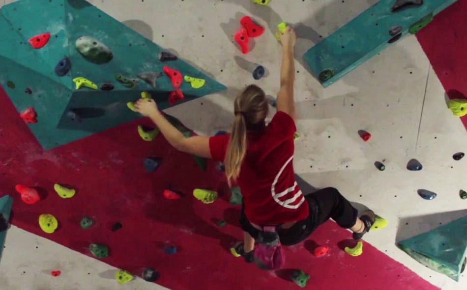 Gracie Martin training stamina on a circuit board, 82 kb