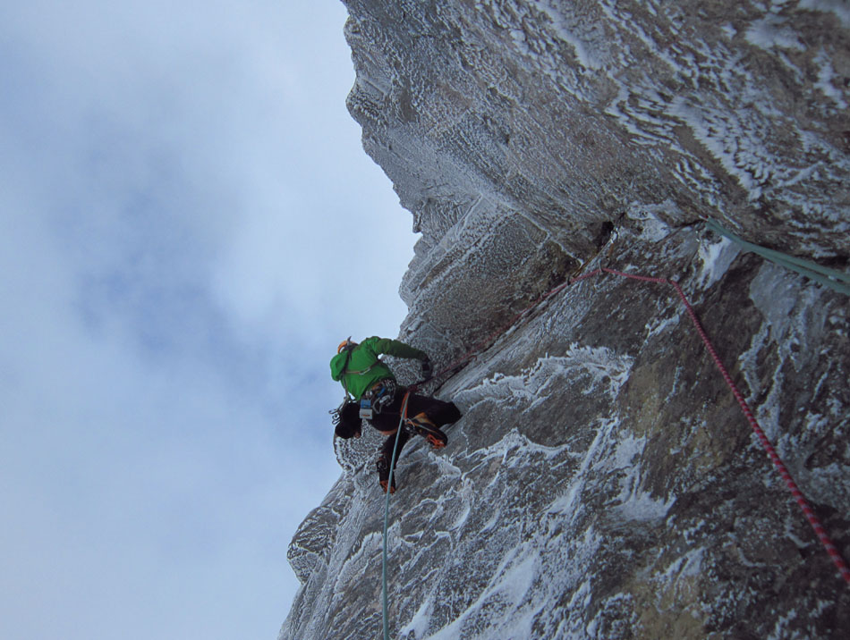 Murdoch on the strenuous traverse on pitch 3 of The Route of All Evil, Beinn Eighe, 161 kb