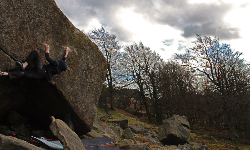 James Squire climbing The Joker, 8A, Stanage Plantation, 179 kb