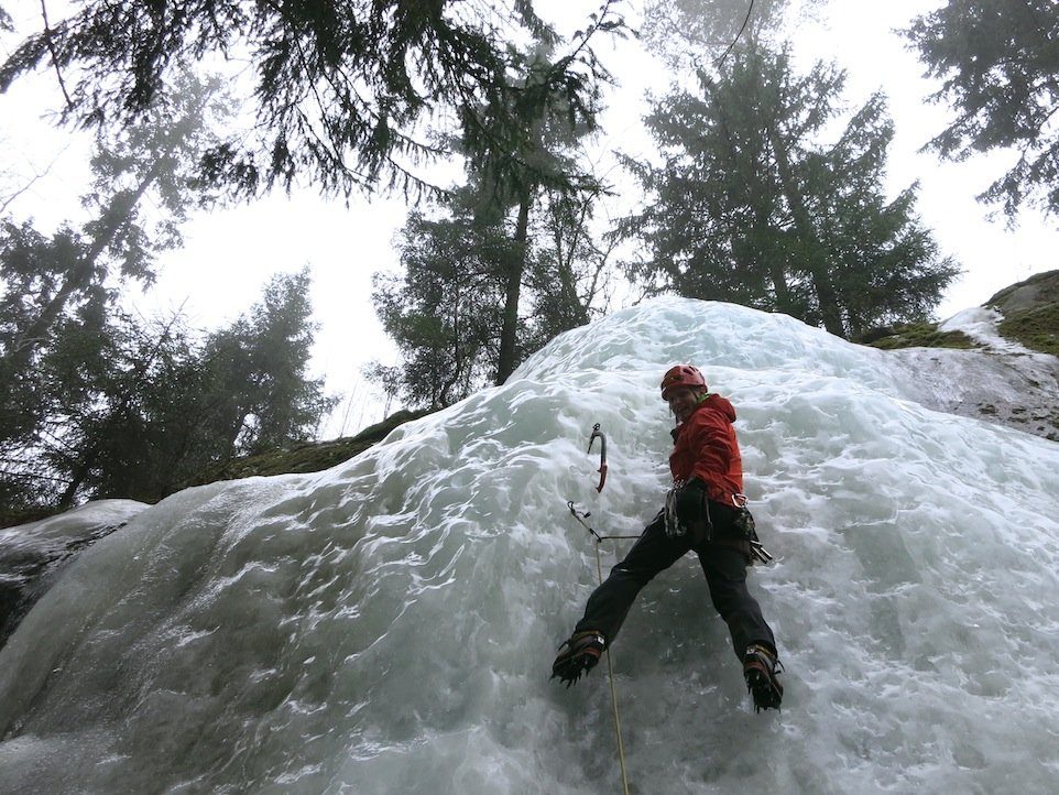 Ice climbing on a soggy day in the Alpha Comp Hoody, 193 kb