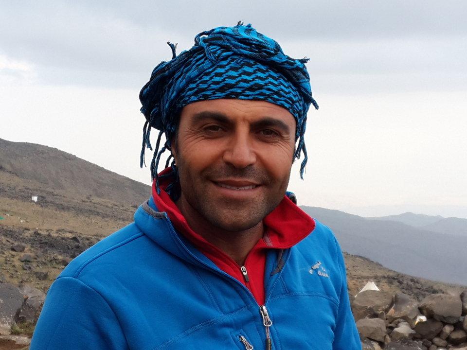 Metin Emlek, Ararat guide, 103 kb
