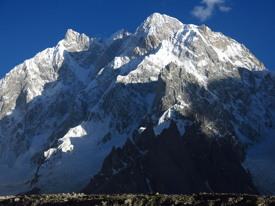 Northwest face of K6 West, 7,040m , 154 kb