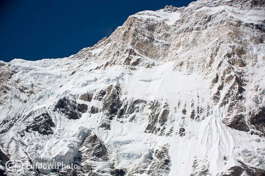 The south face of Annapurna 8,091m, 174 kb