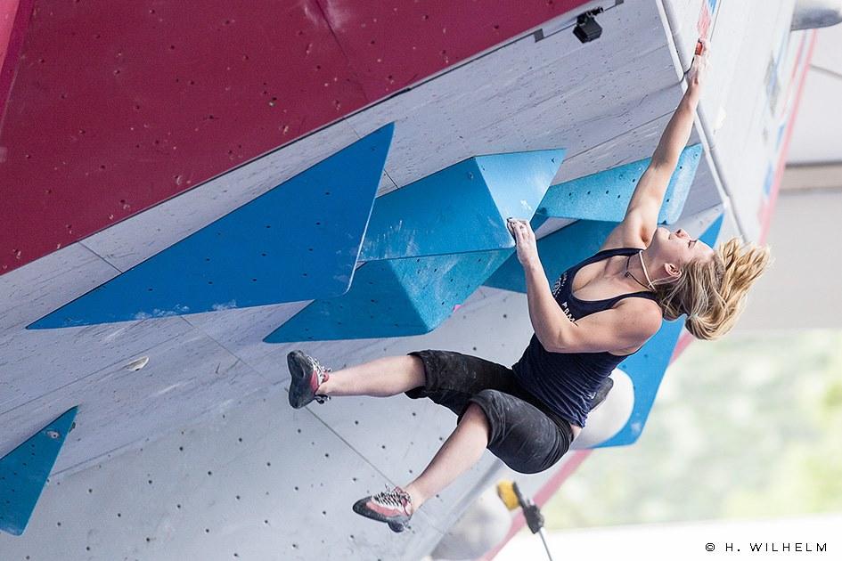 Shauna Coxsey competing for Team GB, 122 kb