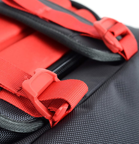 Stash-able rucksack straps double as a compress for the bag contents, 65 kb