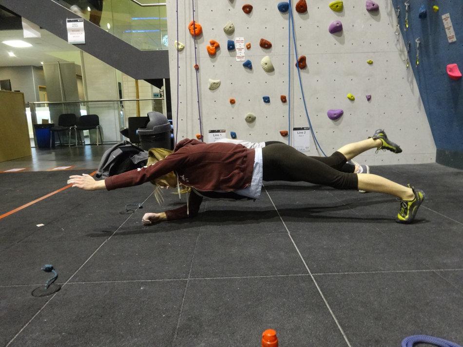 Superman Plank, 146 kb