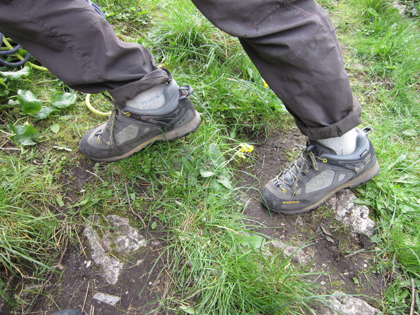The Ridge Low excels on typical British terrain - wet and muddy., 234 kb