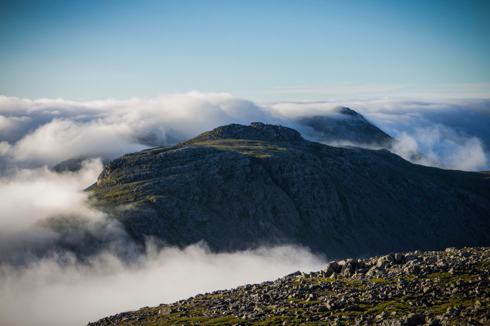 Esk Pike at dawn from Great End, 108 kb