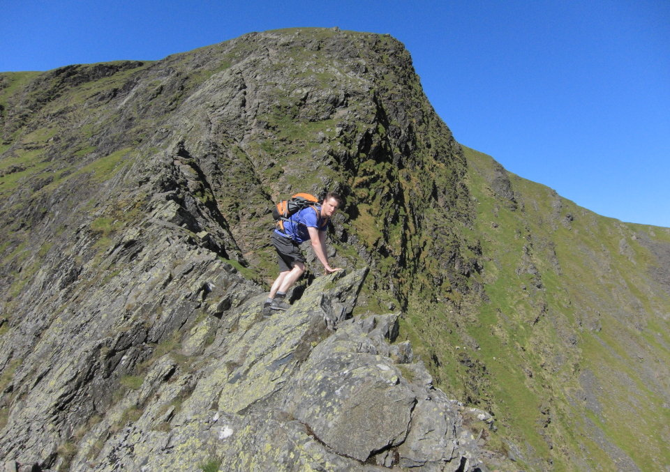 Posing for the self timer on Sharp Edge, 191 kb