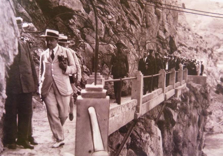 President Primo de Riviera on the Camino Del Ray in 1924, 122 kb