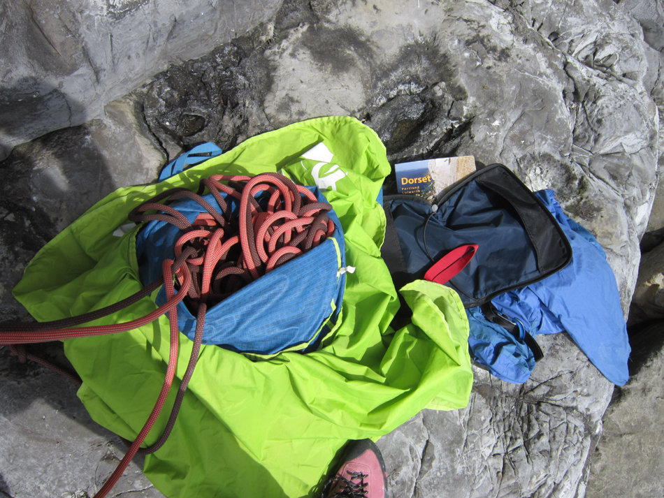 The DMM Pitcher Rope Bag - perfect for use on sea cliffs such as Swanage's Boulder Ruckle, 224 kb