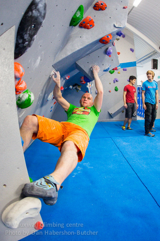 Liam Lonsdale throwing shapes at VauxWall, 153 kb