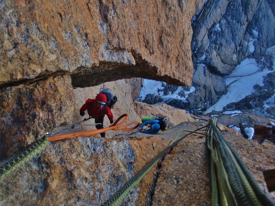 Using the device with two seconds on the Freney Pillar of Mont Blanc, 253 kb