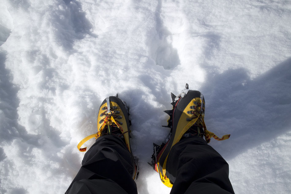 The La Sportiva Nepal Cube GTX with crampons, 102 kb