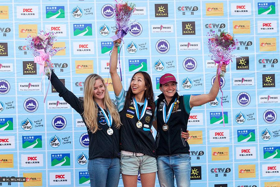 Shauna Coxsey on the podium having won Silver in Haiyang, 2014, 228 kb