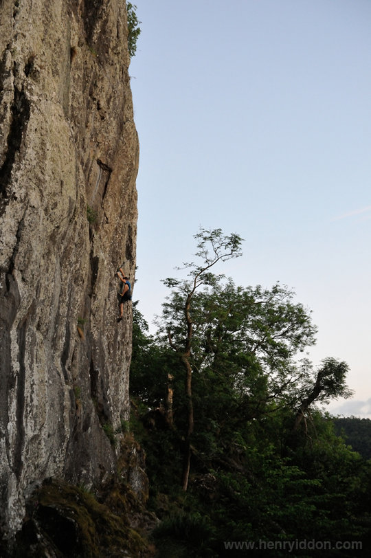 James McHaffie climbing 'Angels Highway' E1 5a, Castle Rock, , 119 kb