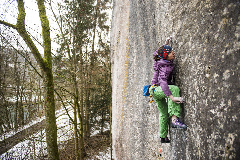 Barbara Bacher on The Face, 8a+, Frankenjura, 239 kb