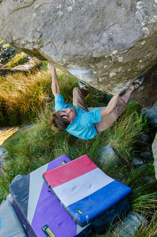 Dan Turner making the 3rd ascent of Isles of Wonder, 8B, Ogwen Valley, 196 kb