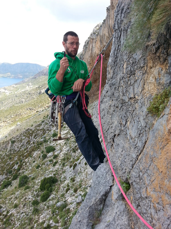 Gaz Parry getting used to bolting on lead, 190 kb