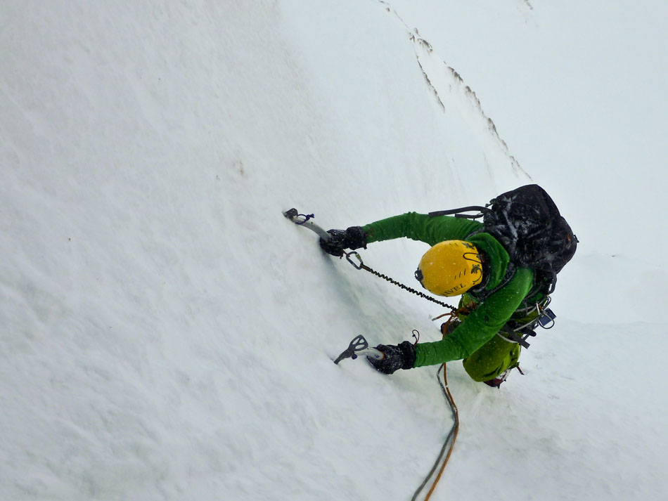 George climbing in Scottish winter conditions in the Super Chockstone Jacket, 80 kb