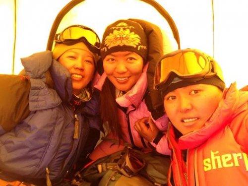 Maya Sherpa, Pasang Lhamu Sherpa and Dawa Yangzum Sherpa, 36 kb