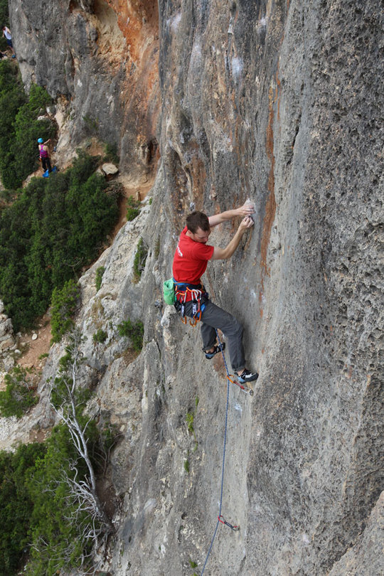 Testing the Ophir Harness on a sport climbing trip to Mallorca, 181 kb