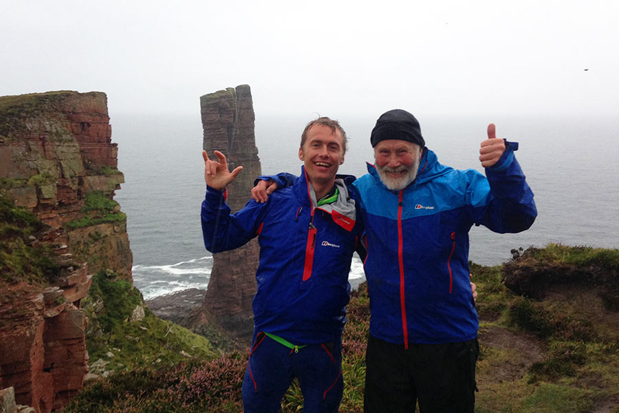 Leo Houlding and Chris Bonington after their ascent of The Old Man of Hoy, 95 kb