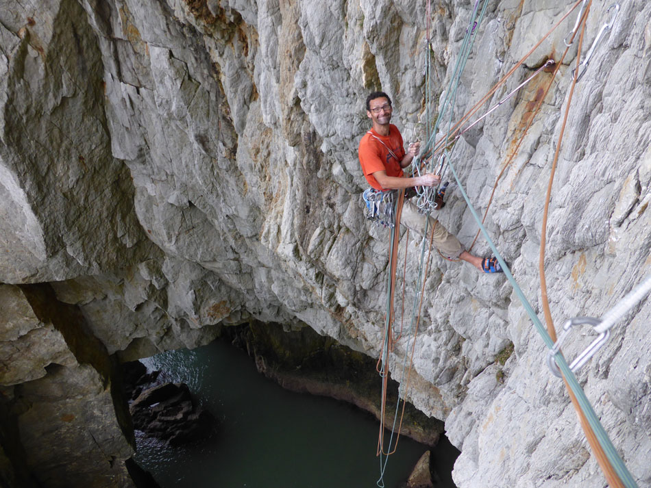 Nick Bullock belaying again, this time in 2014, the belay hasn't got any better!, 215 kb