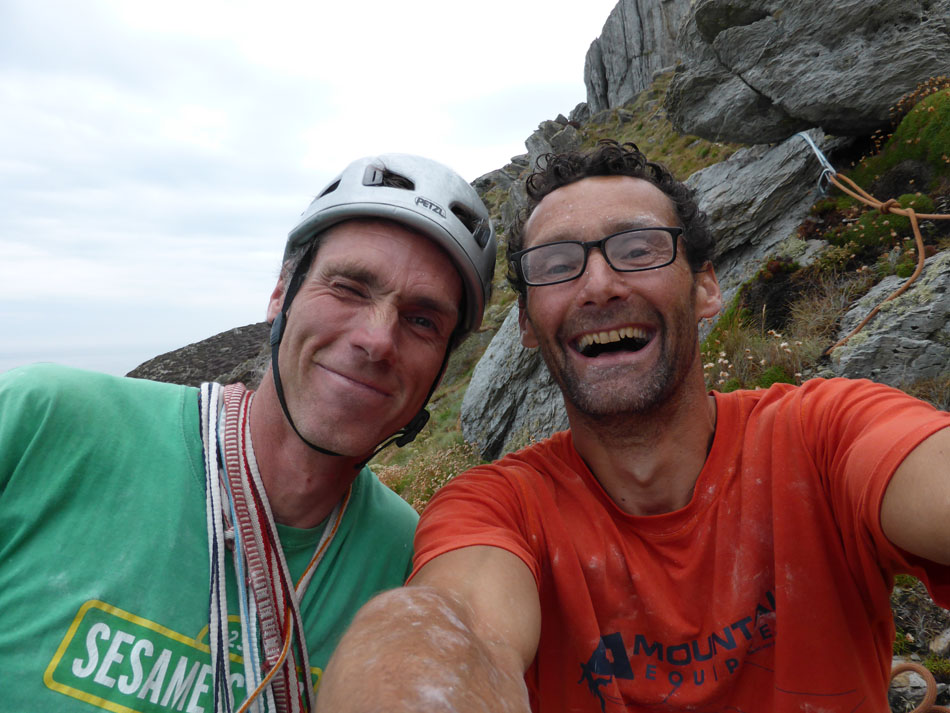 Tim 'Big Bird' Neill and Nick Bullock safe on the top of Mr Softy, 153 kb