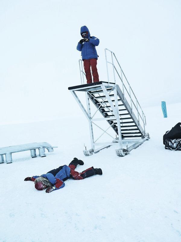 Mind your step - Novo base camp Antarctica , 66 kb