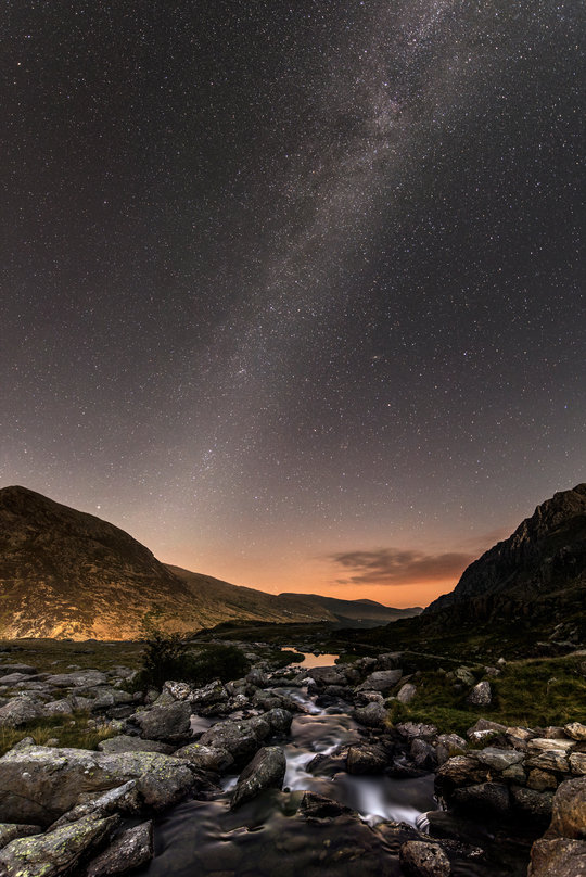 Milky way above the Ogwen Valley. , 116 kb
