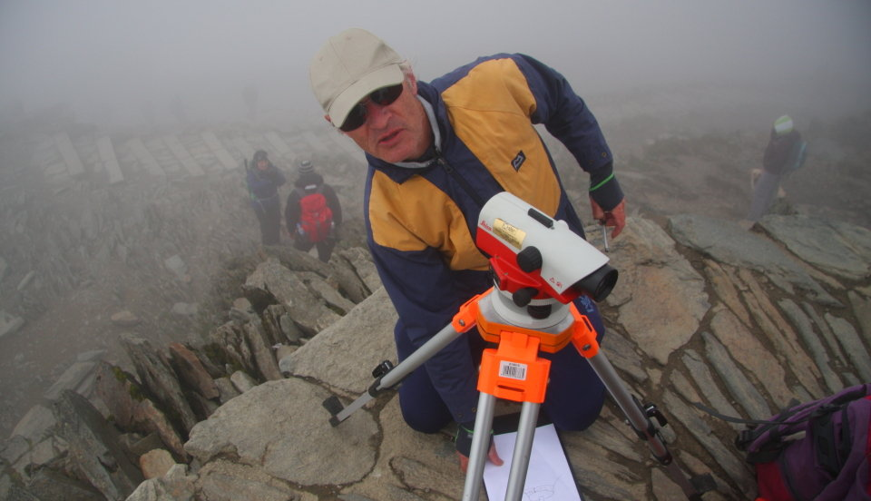 John with the level during reconnaissance of Snowdon summit, 92 kb