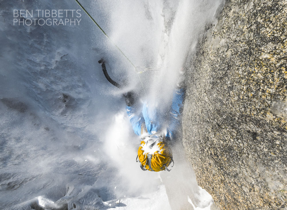 Victor Saunders under the influence of spindrift on the Migot Spur..., 220 kb