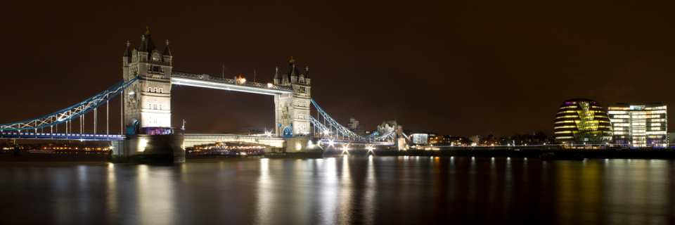 Tower Bridge at night, 214 kb