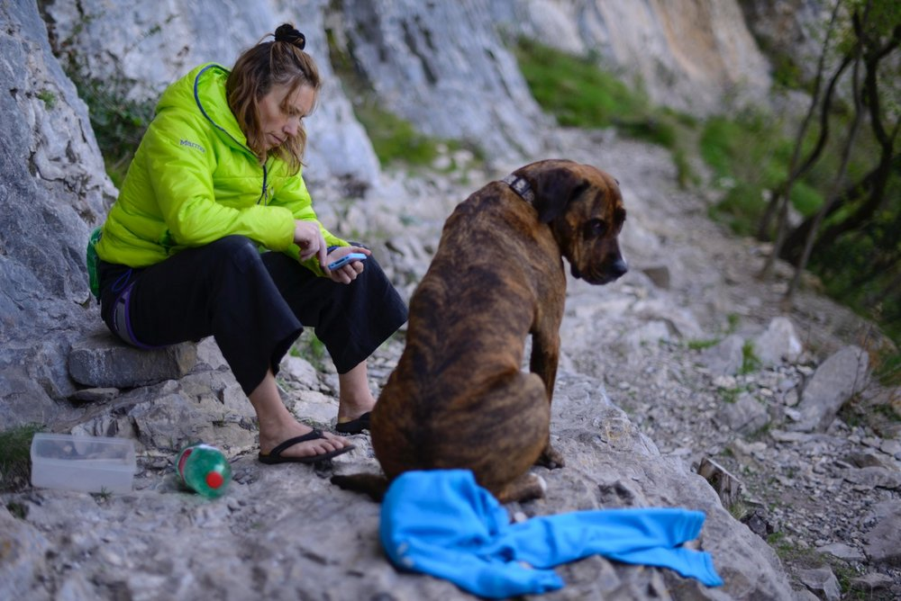 Lucy with one of her dogs, Buis, in Val Pennavaire, Italy, 119 kb