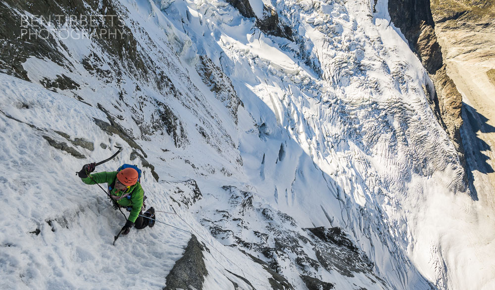 Misha Gopaul high on the traverse of the Polish Route, Grandes Jorasses, 220 kb