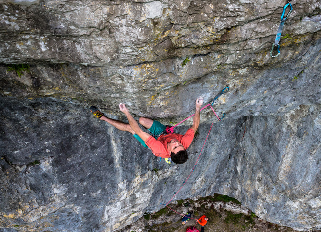 Jordan Buys test his Protons on Ecstacy, 8b, Kilnsey Ph.Wild Country Nadir-Khan